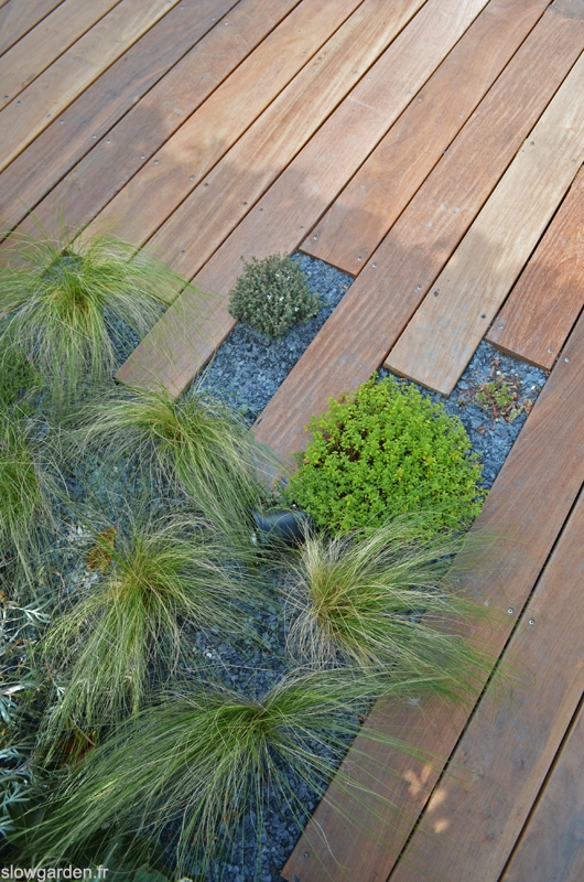 Rooftop by Slowgarden/ deck detail / Marseille
