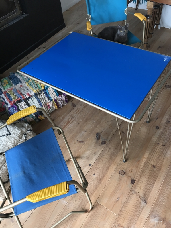 Table pliante, chaises pliantes, table vintage, table pliante vintage, leboncoin, estafette, blog lejardindeclaire