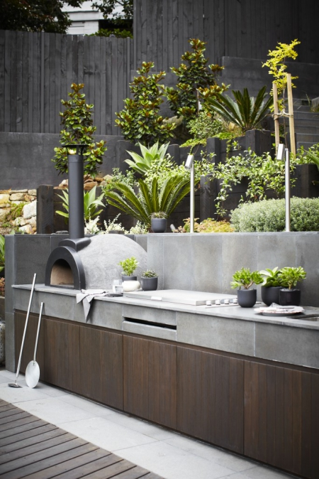 Outdoor kitchen / Via Lejardindeclaire